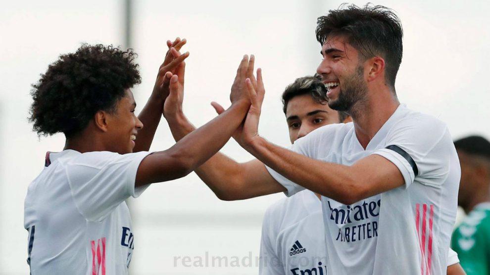 Theo Zidane, celebra un gol. (Realmadrid.com)