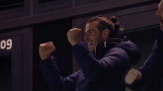 Bale celebra el triunfo del Tottenham contra el Chelsea.