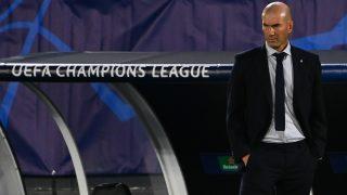 Zidane, durante un partido de Champions. (AFP)