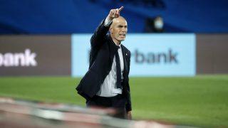 Zinedine Zidane, en un partido con el Real Madrid. (Getty)