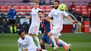 Nacho Fernández se marchó en la primera mitad. (AFP)