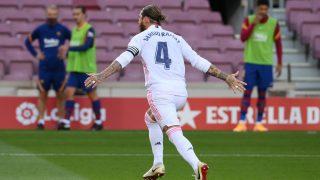 Sergio Ramos celebra el gol ante el Barcelona (AFP).