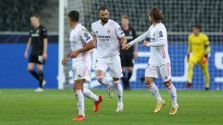 Benzema celebra con Modric el 1-2. (Getty)