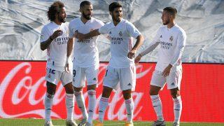 Benzema, Hazard y Asensio celebran un gol junto a Marcelo. (AFP)