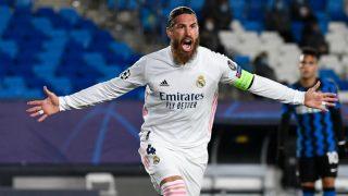 Sergio Ramos celebra su gol número 100 con el Real Madrid, ante el Inter de Milán (AFP).