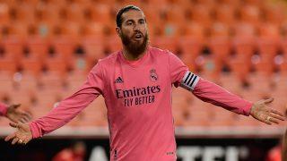 Sergio Ramos durante un partido del Real Madrid (AFP).