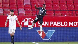 Vinicius celebra el gol al Sevilla. (Getty)
