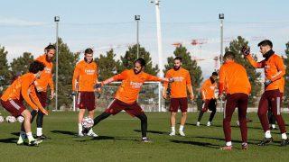 Los jugadores del Real Madrid en el entrenamiento antes del partido ante el Borussia. (realmadrid.com)