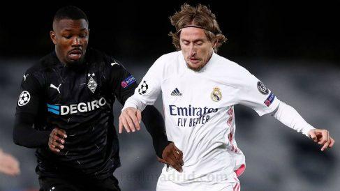 Modric, durante un partido ante el Borussia. (Realmadrid.com)