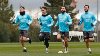 Carvajal y Valverde se entrenan con el Real Madrid. (Realmadrid.com)
