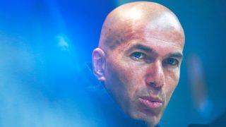 Zidane encuentra su once preferido.