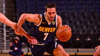 Campazzo, en su primer partido con los Nuggets. (NBA)