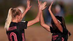 Sofía Jakobsson celebra su tanto con una compañera. (@realmadrid.com)