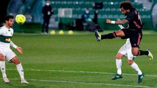 Marcelo, en un partido ante el Elche. (EFE)