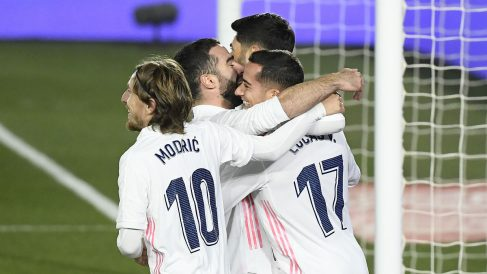 Los jugadores del Madrid celebran un gol al Celta. (AFP)