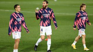 Sergio Ramos, Luka Modric y Lucas Vázquez antes de un partido con el Real Madrid. (Getty)