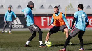 Sergio Ramos, junto a Nacho e Isco, en el entrenamiento matinal del Real Madrid. (Real Madrid)