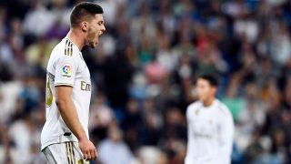 Luka Jovic, durante un partido con el Real Madrid. (AFP)