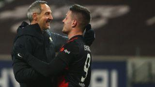 Jovic celebra su debut con el Eintracht. (AFP)