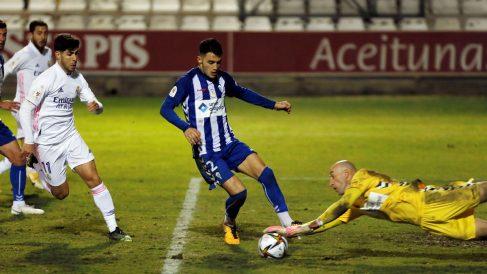 José Juan, en el partido contra el Real Madrid. (EFE)