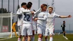 Los jugadores del Castilla celebran uno de los goles ante el San Sebastián de los Reyes (Realmadrid.com)