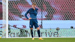 Ödegaard durante un partido con el Arsenal. (Getty)