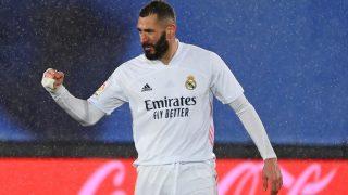 Benzema durante un partido. (AFP)