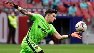 Dani Cárdenas, portero del Levante, revela su deseo de que el Madrid gane la Liga. (AFP)
