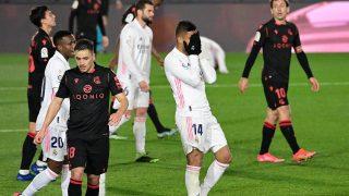 Casemiro se lamenta tras una ocasión fallada ante la Real Sociedad (AFP).