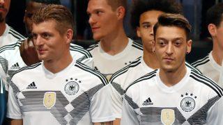 Kroos y Özil con la selección alemana. (AFP)