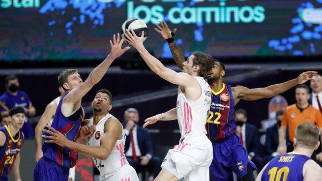 Real Madrid – Barcelona: Resultado y resumen del partido de baloncesto de hoy de Euroliga, en directo (76-81)
