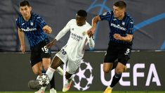 Vinicius, durante el partido contra el Atalanta (AFP).