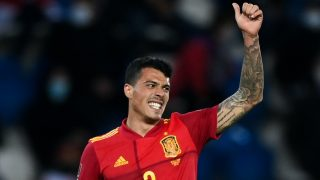 Pedro Porro, durante su debut con la selección española ante Georgia. (AFP)