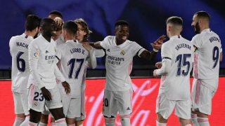 Los jugadores del Real Madrid celebran un gol ante el Barça (AFP).