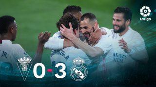 El Real Madrid se impuso 0-3 en Cádiz.