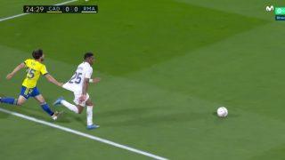 El penalti no pitado de Salvi a Rodrygo.