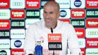 Zidane atiende a los medios de comunicación. (Realmadrid.com)