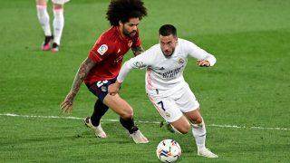 Hazard durante un partido contra Osasuna. (AFP)