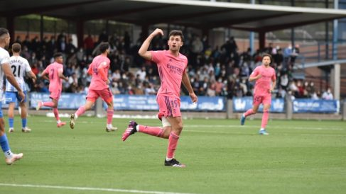 Hugo Duro celebra un gol ante el Talavera. (Fermín Martín)