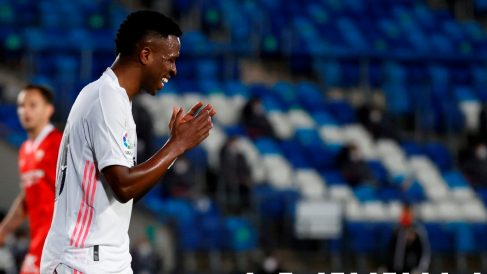 Vinicius, en el partido. (EFE)