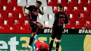 Rodrygo celebra su gol contra el Granada (EFE).