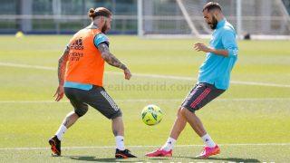 Sergio Ramos y Karim Benzema, en el entrenamiento. (Real Madrid)