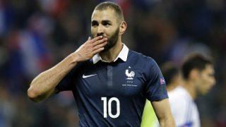 Karim Benzema durante un partido con Francia. (AFP)