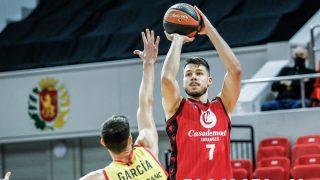 Jonathan Barreiro, en un partido con Casademont Zaragoza. (ACB Photo)