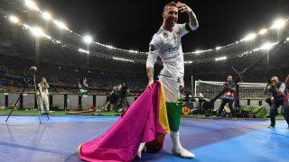 Ramos, celebra la Decimotercera en Kiev. (AFP)