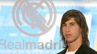 Sergio Ramos, en el día de su presentación con el Real Madrid. (AFP)