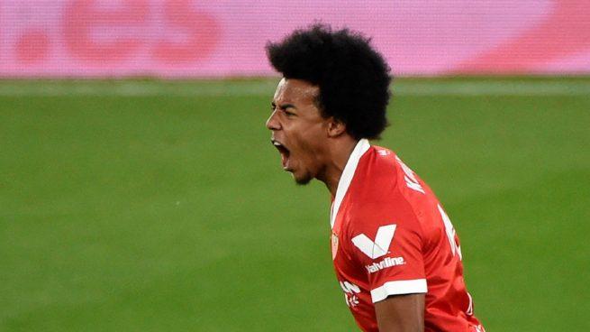 Arsenal y Tottenham se entrometen por Koundé