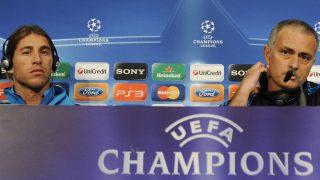 Sergio Ramos y José Mourinho, en una rueda de prensa. (AFP)