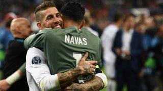 Sergio Ramos y Keylor Navas celebran su victoria en la final de la Champions 2018. (AFP)