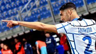 Achraf Hakimi celebra un gol con el Inter (AFP).